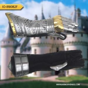 medieval gauntlet pair I